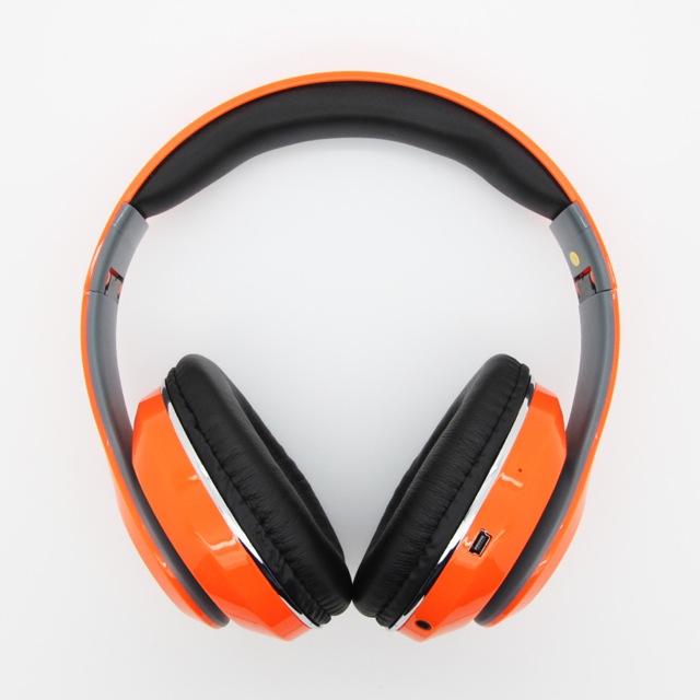 หูฟัง บลูทูธ Beats STN-13 ออกแบบโปรแกรมควบคุมขั้นสูง สำหรับความคมชัดของเสียง ได้อย่างแม่นยำ ตัวขับลำโพงขนาดใหญ่พิเศษ ที่ให้ได้เสียงเบสที่ลึกสุด มาพร้อมปุ่มควบคุมข้างตัวหูฟัง ทำให้ผู้ใช้งาน สามารถใช้งานได้อย่างสะดวกสบาย และยังสามารถฟัง FM ได้ในตัว รับสายสนทนาได้ อีกทั้งยังสามารถเพิ่ม Micro SD Card ได้อีกด้วย ฟังเพลงได้ในตัว หรือต้องการฟังแบบมีสายก็สามารถทำได้เช่นเดียวกัน มีให้เลือก 6 สี มีสีดำ,ขาว,แดง,ส้ม,น้ำเงิน,ชมพู