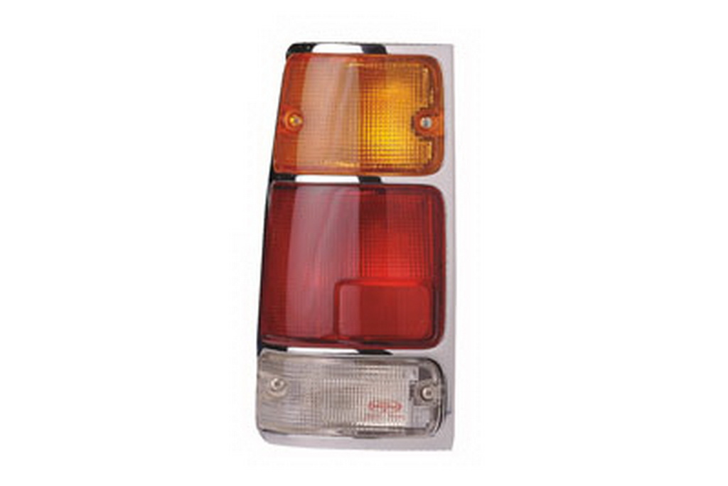 04-447 R/L Chrome Rear Combination Lamp, Chrome Housing