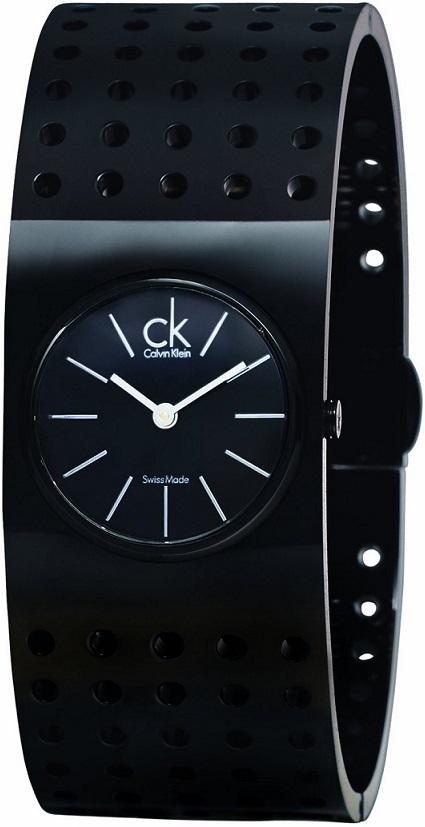 นาฬิกาข้อมือผู้หญิง Calvin Klein รุ่น K8323302, Bangle Black Sapphire Analog Grid Collection Swiss Watch