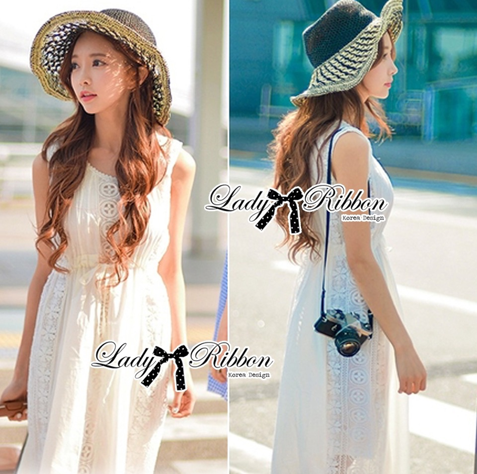 Lady Ribbon's Made &#x1F380 Lady Ribbon's Made Lady Ribbon White Floral Embellish Lace Maxi