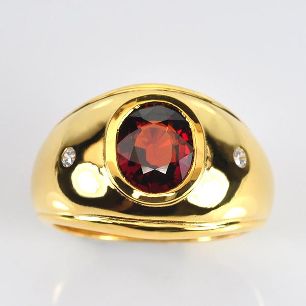 แหวนพลอยโกเมน ตัวเรือนเงินเคลือบทอง