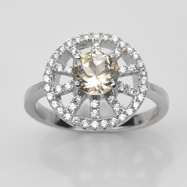 แหวนพลอยแท้ แหวนเงิน925 พลอย ไวท์โทปาส ประดับเพชร CZ ชุบทองคำขาว
