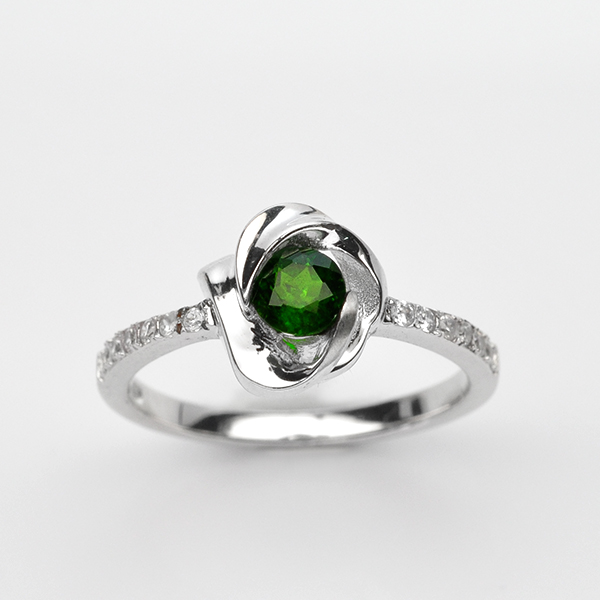 แหวนพลอยแท้ แหวนเงิน925 พลอย โครมไดอ๊อกไซด์ ประดับเพชร CZ ชุบทองคำขาว