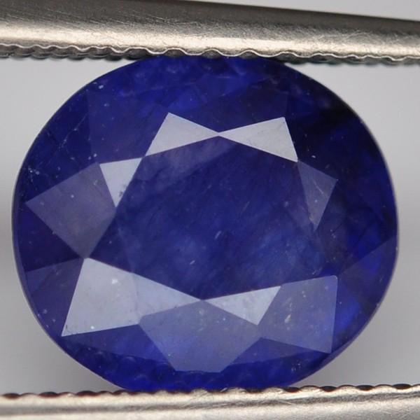 พลอยไพลิน (Blue Sapphire) พลอยธรรมชาติแท้ น้ำหนัก 3.05 กะรัต