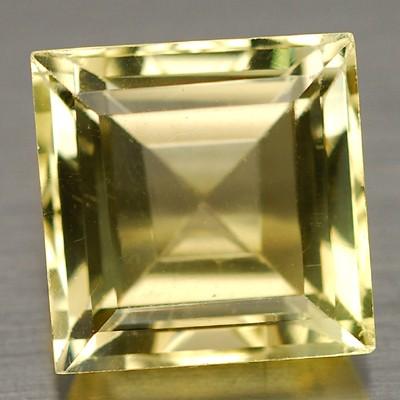 พลอยควอตซ์ (Quartz) พลอยธรรมชาติแท้ น้ำหนัก 6.35 กะรัต