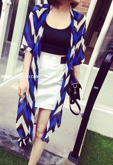 Pre-เสื้อคลุมชีฟองตัวยาว สีน้ำเงินกราฟฟิคดำขาว