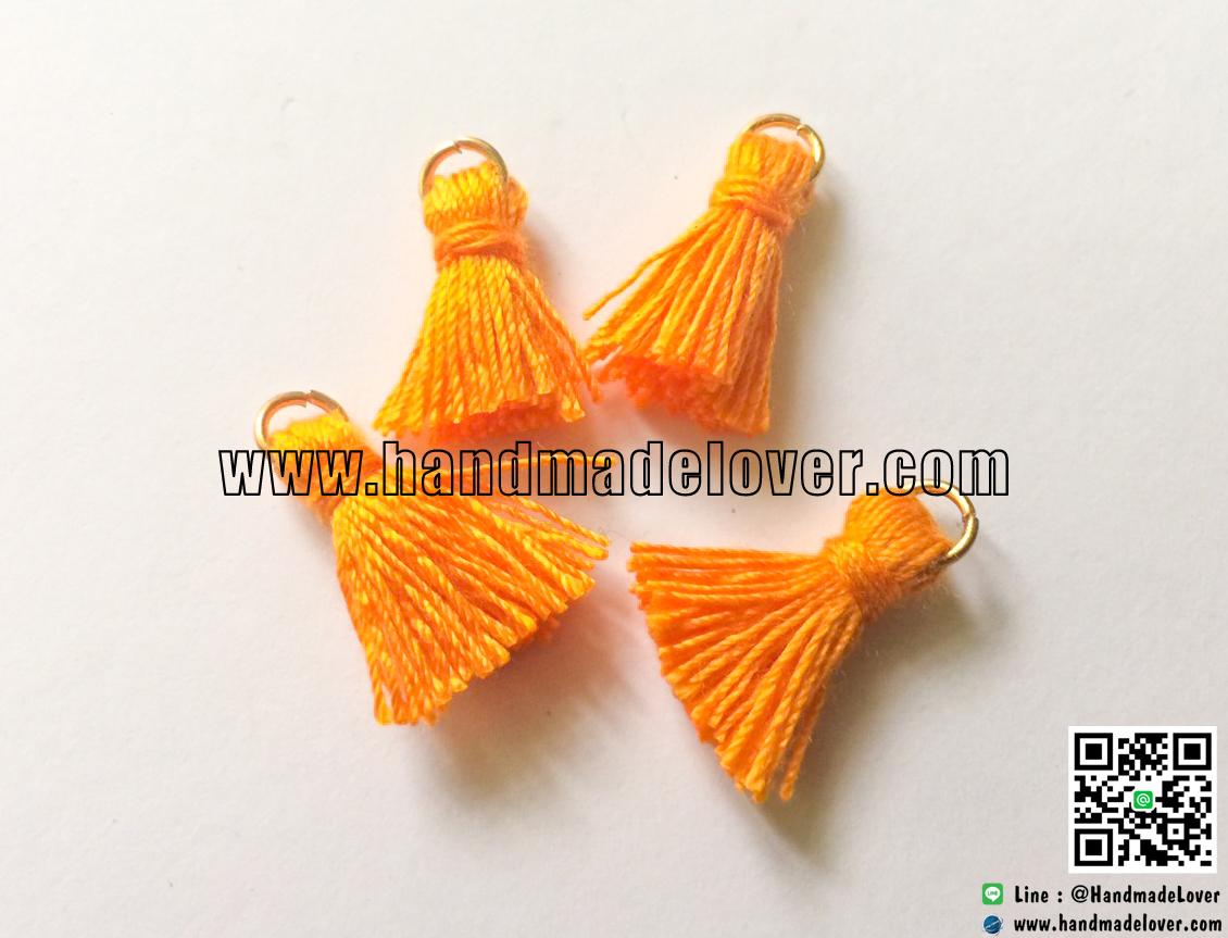 พู่ผ้า สีส้ม ห่วงสีทอง ขนาด 5*18 มม.