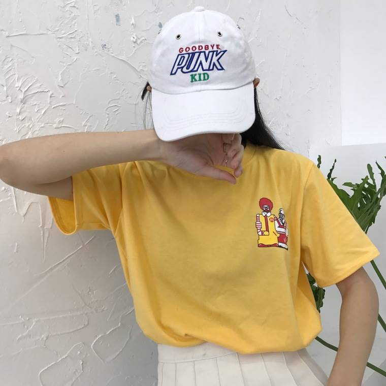 เสื้อแฟชั่น คอกลม แขนสั้น ลายการ์ตูน สีเหลือง