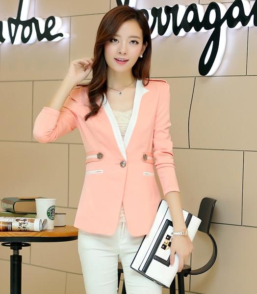 (สินค้าหมด) เสื้อสูทแฟชั่นผู้หญิง เสื้อสูททำงาน สีชมพูโอรส แขนยาว เข้ารูป คอวี แต่งขลิปสีขาวเก๋ งานสวยดีไซน์เก๋มากๆ