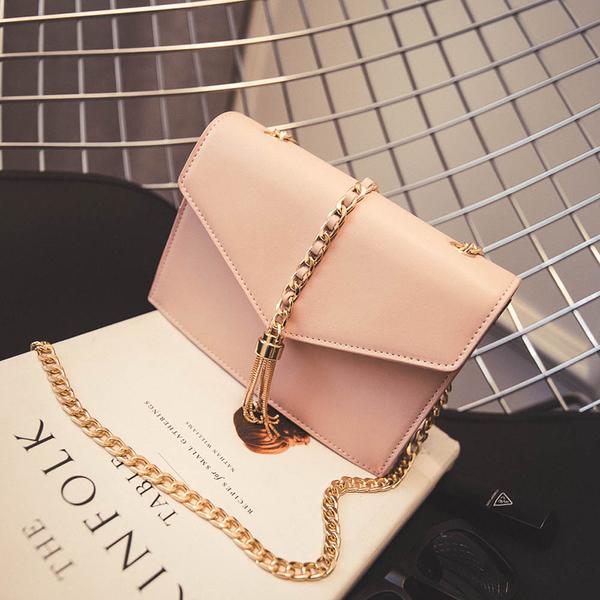 กระเป๋าสีชมพู