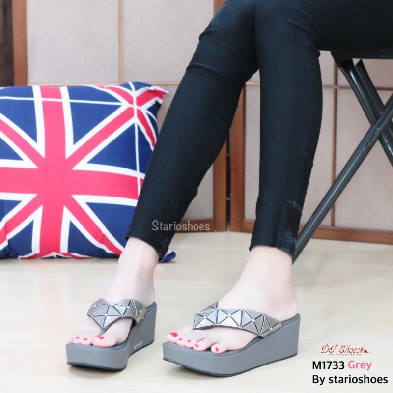 รองเท้าแตะหูหนีบสีเทา Style issey miyake (สีเทา )