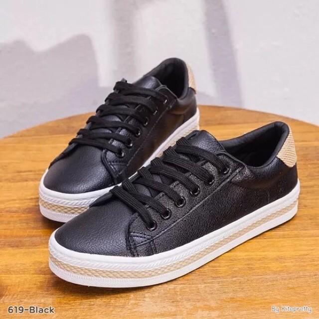รองเท้าผ้าใบแฟชั่นสีดำ หนังพียู (สีดำ )