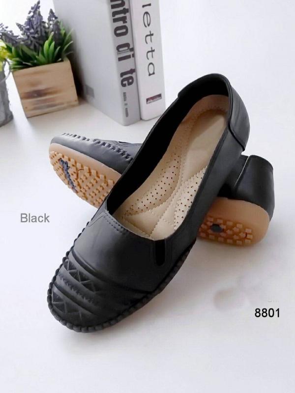 รองเท้าคัทชูส้นแบน สไตล์Loafer (สีดำ )