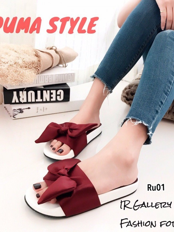 รองเท้าแตะผู้หญิง แบบสวม ผ้าซาติน แต่งโบว์ (สีแดง )