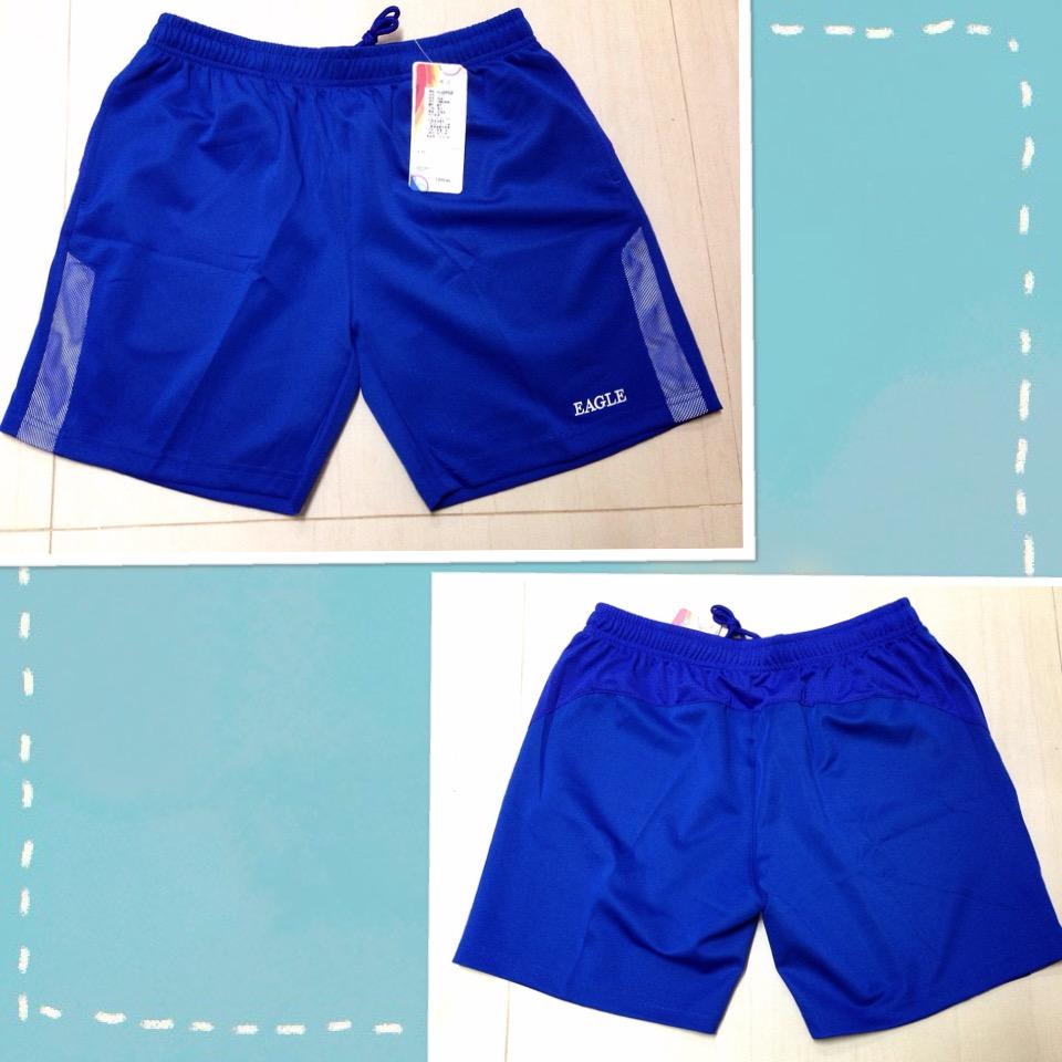 กางเกงกีฬาขาสั้นสีน้ำเงิน