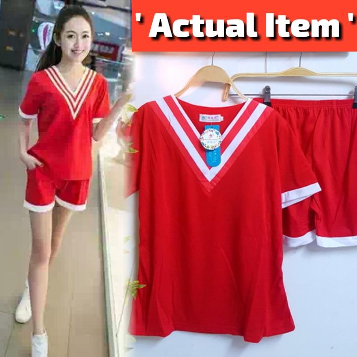 SET เซ็ตเสื้อ+กางเกงขาสั้น งานเก๋มากค่ะตัวนี้ เสื้อผ้าคอตต้อนสีแดงดีเทลสวยด้วยช่วงคอวีแต่งกุ๊นแดงสลับขาว มาพร้อมกับกางเกงขาสั้นสม็อคเอวผ้าเดียวกัน สไตล์สาวสปอร์ตน่ารักค่ะ