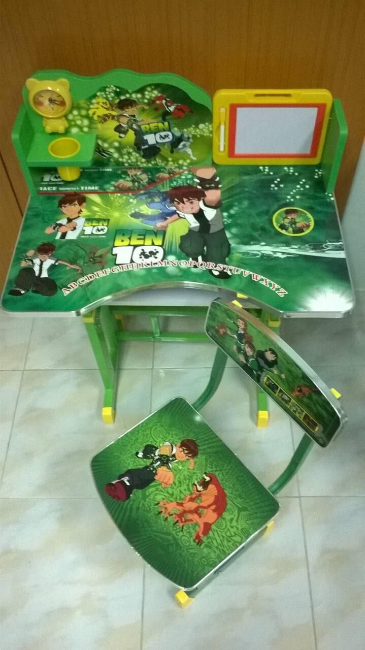 โต๊ะเขียนหนังสือ/โต๊ะทำการบ้านสำหรับเด็ก