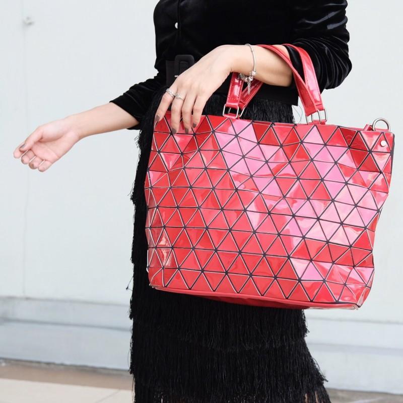 กระเป๋าสะพายแฟชั่น กระเป๋าสะพายข้างผู้หญิง Bao Bao Baral ทรงถัง [สีแดง ]