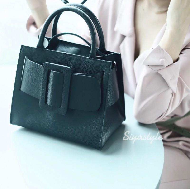 กระเป๋าสะพายข้างหนังแท้ Boyy bag [สีดำ]
