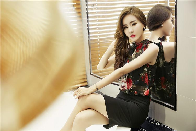 ชุดเดรสแฟชั่นเกาหลีลายดอกสีดำไฮโซ