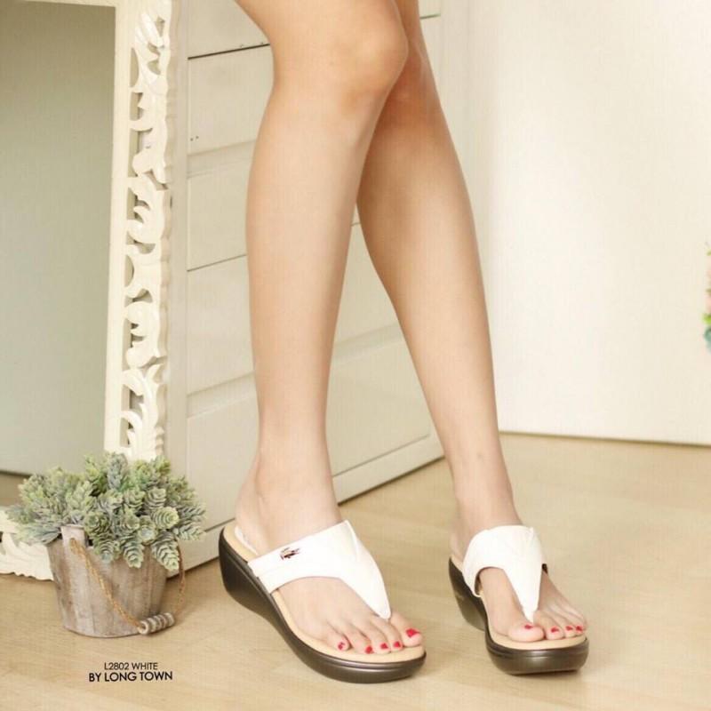 รองเท้าแตะผู้หญิง แบบหนีบ ใส่ลำลอง (สีขาว )