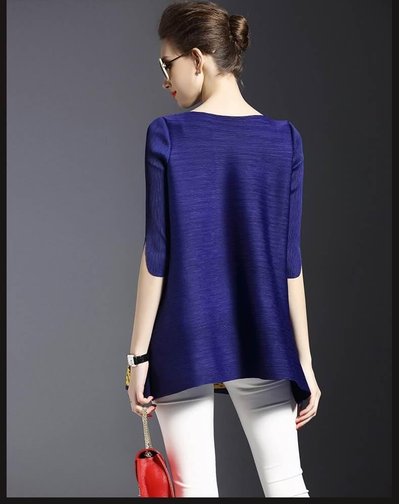 รหัส MN36 เสื้อไสตล์เกาหลีดีเทล ผ้าพลีทโพลีเอสเตอร์ ต่อผ้าสีสดพิมพ์ลายด้านหน้า