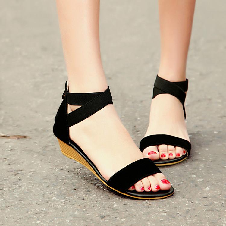 Preorder รองเท้าแฟชั่น สไตล์เกาหลี 34-39 รหัส 9DA-9095