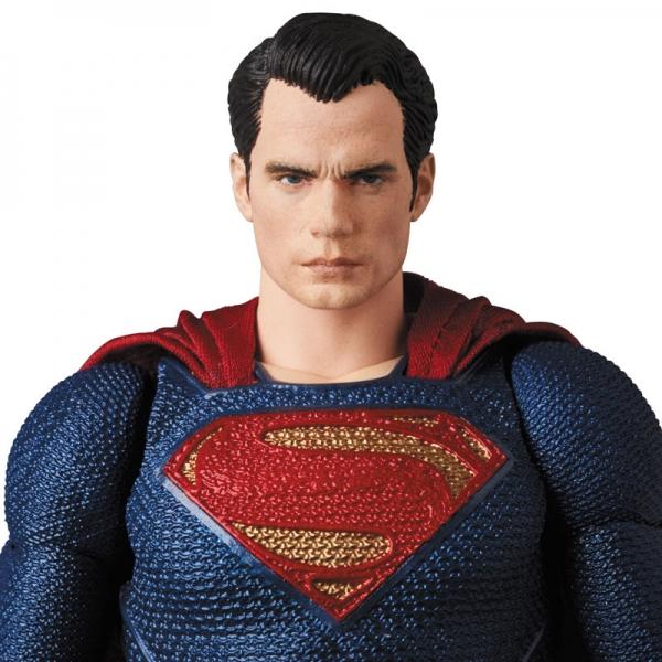 เปิดจอง MAFEX Justice League - Superman (มัดจำ 500 บาท)