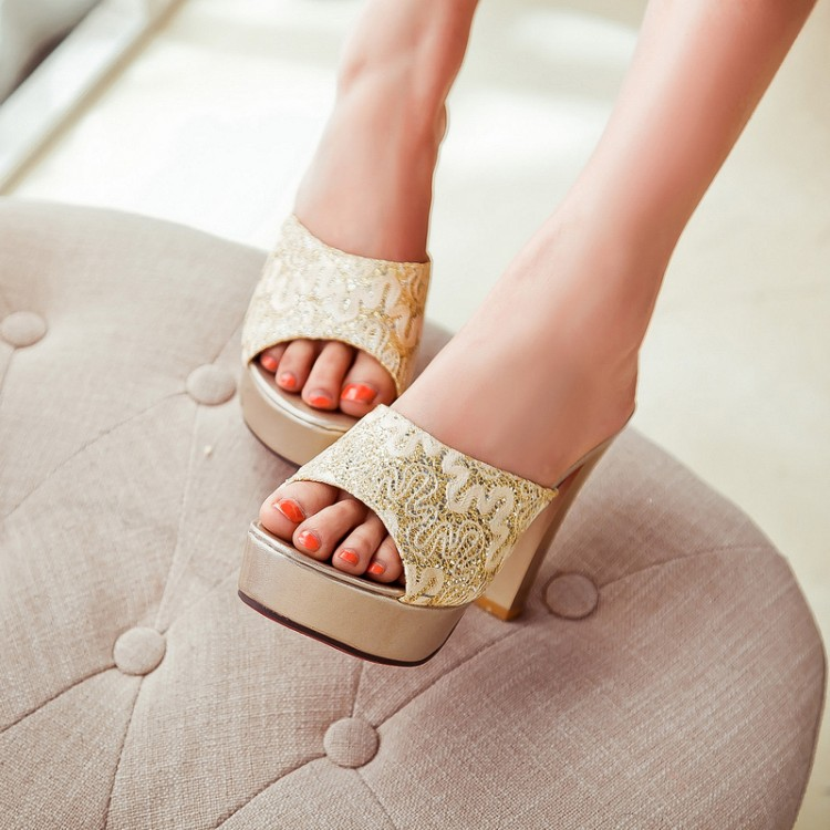 Preorder รองเท้าแฟชั่น สไตล์เกาหลี 32-43 รหัส 9DA-2480