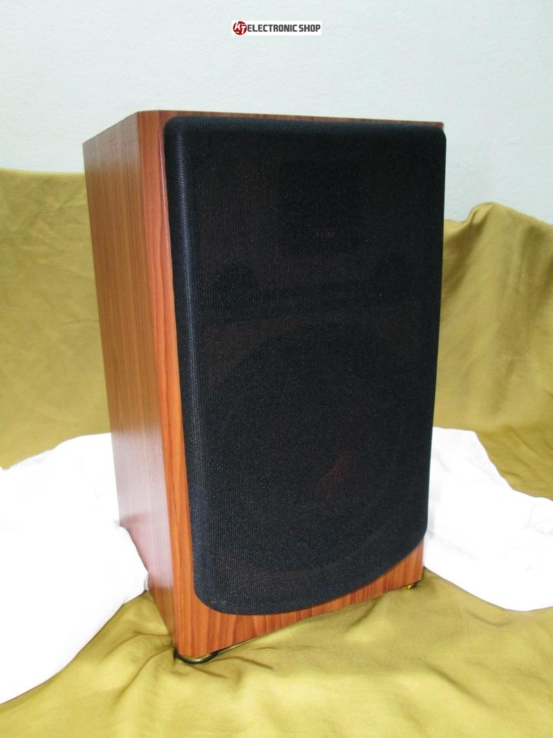 ตู้ลำโพง 8 นิ้ว ที่คัดสรร อุปกรณ์ที่มีความลงตัวเป็นอย่างดี มาประกอบรวมกัน ในราคา ที่ไม่สูง ให้เสียงที่คมชัด