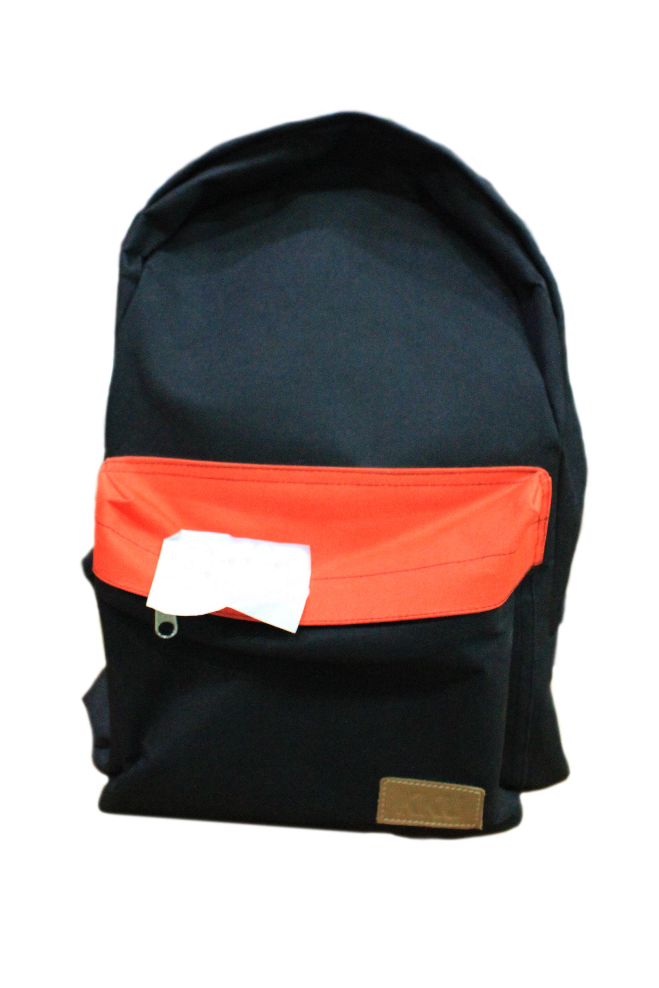 กระเป๋าเป้ สีดำคาดส้ม