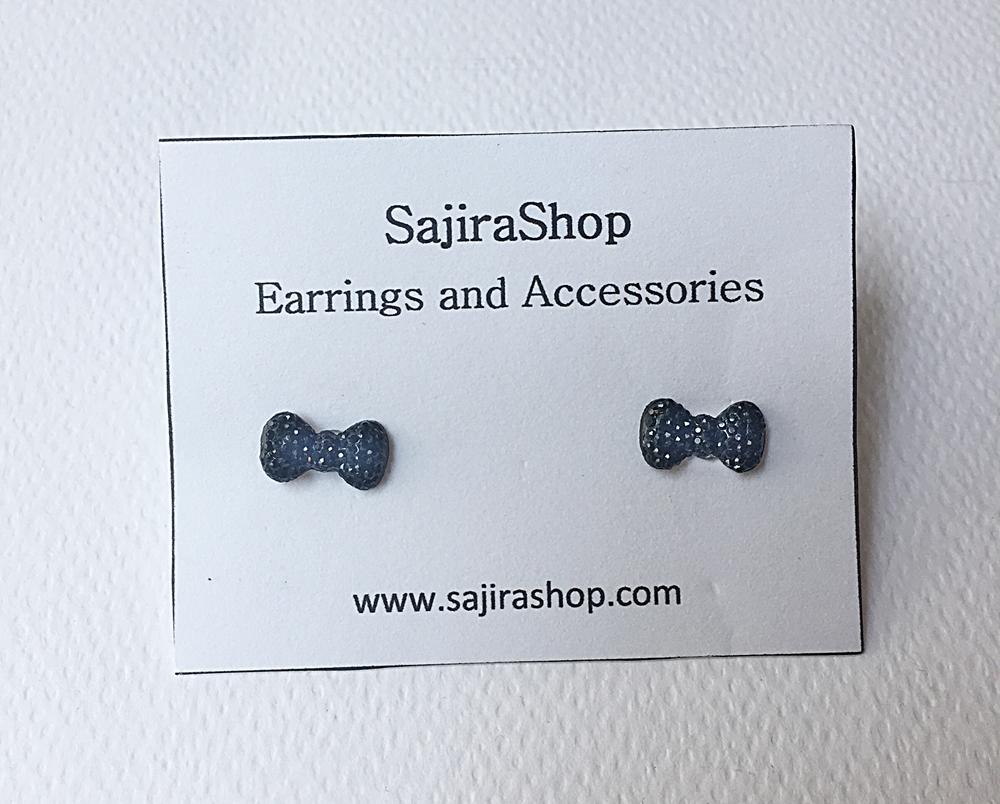 ต่างหูแฟชั้้นราคาถูก ต่างหูแบบติดหู รูปโบสีดำเล็กๆ วิ้งๆ