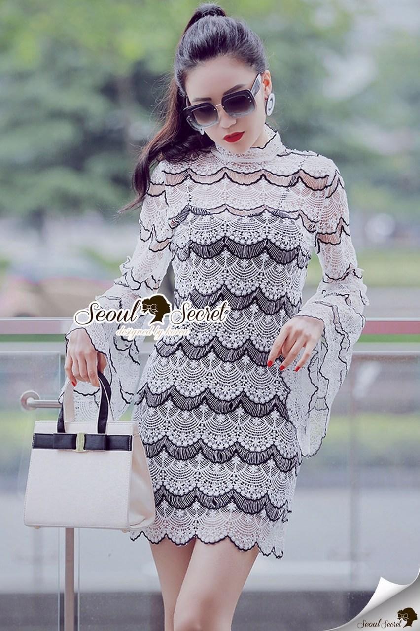 Seoul Secret Say's... Stylishness Laver Lace Belly Dress Material : เนื้อผ้าลูกไม้เนื้อผ้าทออย่างดี มีดีเทลเก๋ๆ ด้วยงานทอด้วยด้านเนื้อผสมดูสวยมีราคามากคะ สวยคลาสสิคด้วยโทนสีขาวดำ เนื้อผ้าทอเป็นโค้งเล็กๆ แต่งเป็นเลเยอร์ๆ สวยมากคะ สวยหรูดูไฮด้วยทรงเดรส