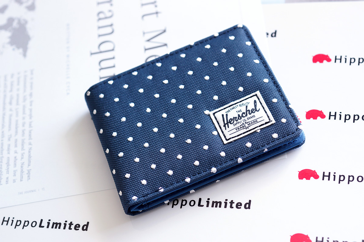 กระเป๋าสตางค์ Herschel Hank Wallet - Navy Embroidery Polka Dot