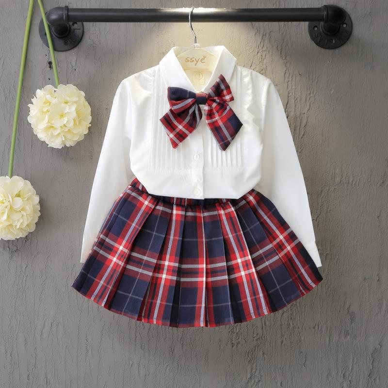 ชุดเซ็ทน่ารัก เสื้อขาว+กระโปรงสีแดงลายสก็อตจีบรอบ สไตล์เด็กนานาชาติ ใส่ไปเที่ยวก็สวยเริ่ดค่ะ