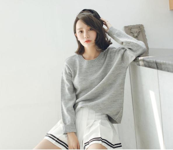 Sweater เสื้อสเวทเตอร์แขนยาว สีเทา