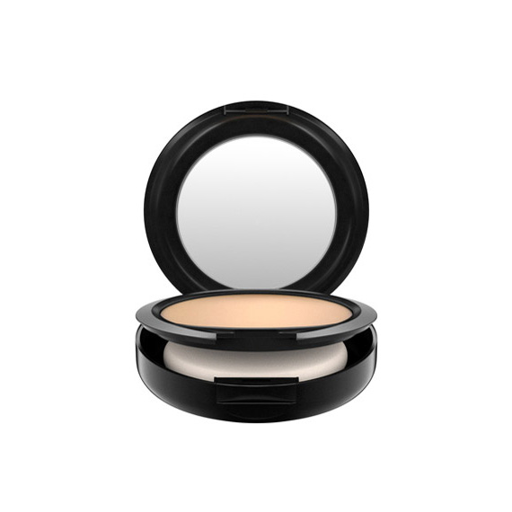 MAC Studio Fix Powder Plus Foundation #NC20