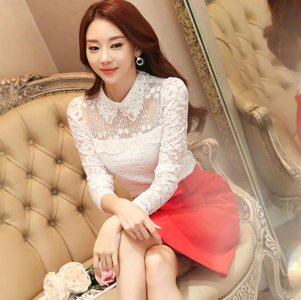 เสื้อลูกไม้เกาหลีสวยๆ สีขาว แขนยาว เสื้อลายลูกไม้แฟชั่นใส่ออกงาน หวานๆ