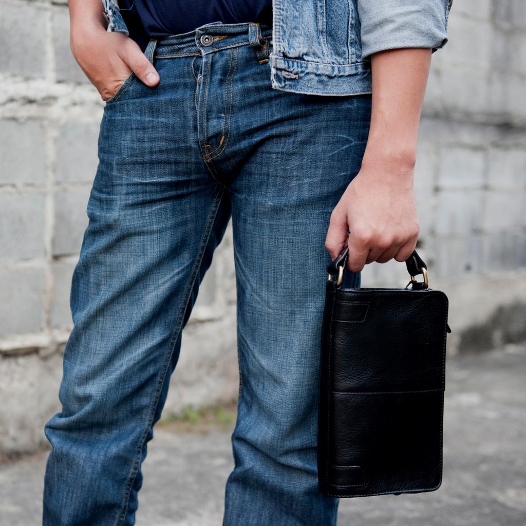 กระเป๋าสตางค์แบบถืออเนกประสงค์ หนังแท้ กระเป๋าใส่บัตร กระเป๋าใส่เงิน และยังเป็นกระเป๋าใส่ปืนพกได้อีกด้วย เหมาะสำหรับทุกเพศทุกวั