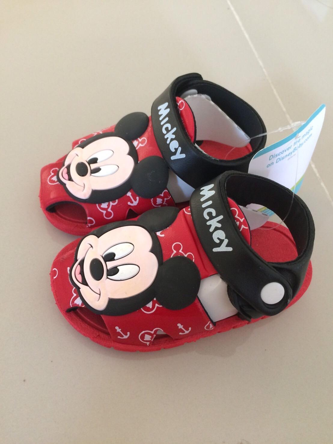 รองเท้า Mickey เบอร์ 16