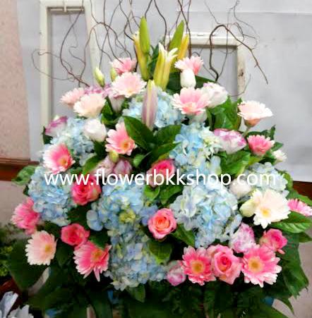 กระเช้าดอกไม้สด รหัส WBA16