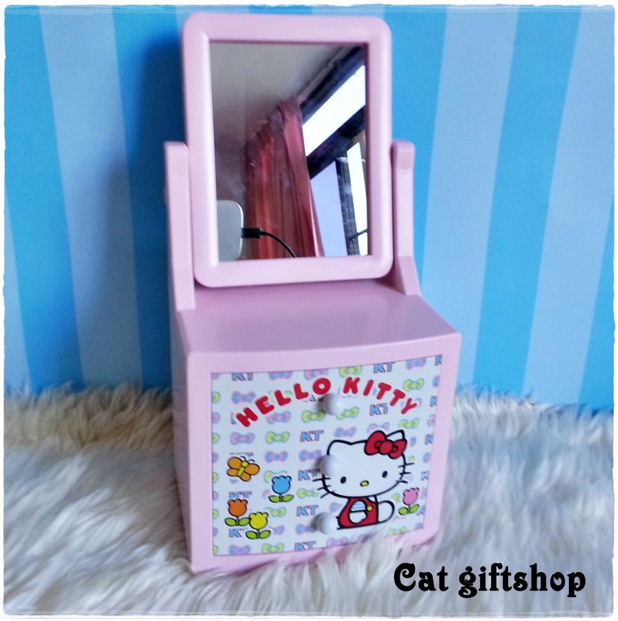 พร้อมส่ง :: กล่องดนตรีโต๊ะเครื่องแป้ง Hello Kitty