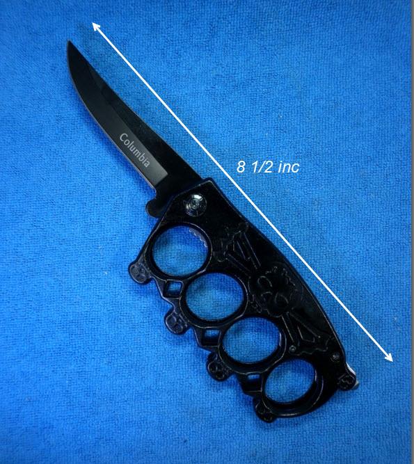 สนับมือขนาดใหญ่ มีดพับสีดำ ทุบกระจก ในตัวเดียวกัน 3 in 1