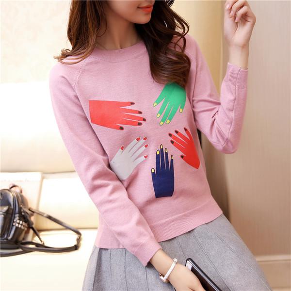 เสื้อแขนยาวแฟชั่นพร้อมส่ง เสื้อแขนยาวสีชมพู แต่งสกรีนรูปลายมือ +พร้อมส่ง+