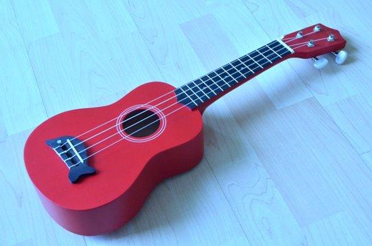 อูคูเลเลเล่ Ukulele Mild รุ่น Loma Red Soprano