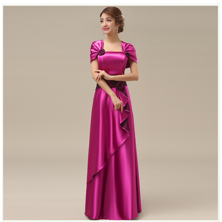 พร้อมส่ง ชุดราตรียาว สีชมพู Hot Pink ปิดไหล่ แต่งดอกกุหลาบจับจีบสวย ผ้าซาติน (L-5XL)