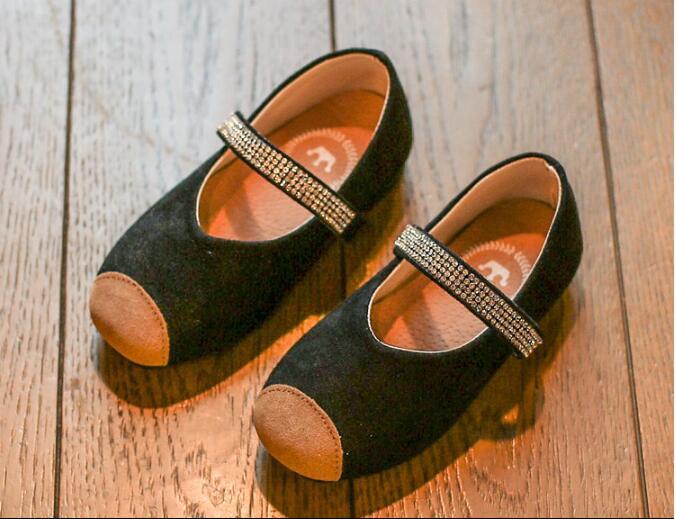 รองเท้าเด็กแฟชั่น สีดำ แพ็ค 5 คู่ ไซต์ 21-22-23-24-25