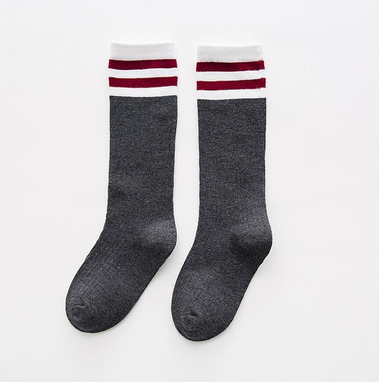 ถุงเท้าสั้น สีเทาเข้ม แพ็ค 10 คู่ ไซส์ M (3-5 ปี)