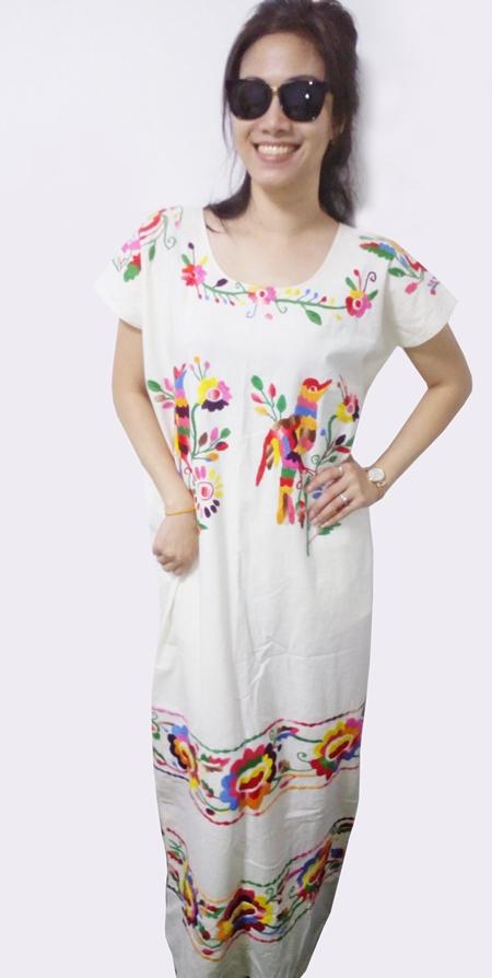 เดรสวินเทจ Vintage Mexican Embroidered Dress