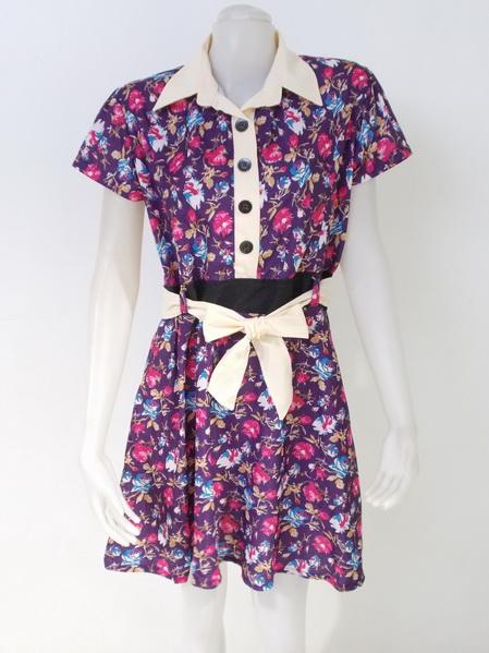 1002217 ขายส่งเสื้อผ้าแฟชั่นชุดเดรสกระโปรงลายดอกไม้ ผ้าเนื้อดีมากค่ะ รอบอก 38 นิ้วยาว 37 นิ้ว